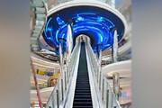 طراحی جالب پله برقی؛ با الهام از سفینه فضایی / فیلم