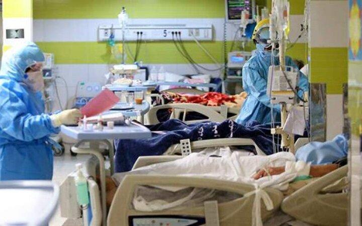 وضعیت بیمارستانها نگرانکننده است / شدیدا تخت کم است، به یکدیگر رحم کنیم