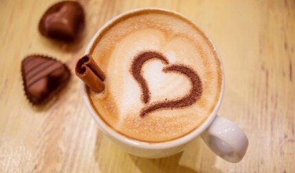 آیا مصرف قهوه موجب افزایش ضربان قلب میشود؟