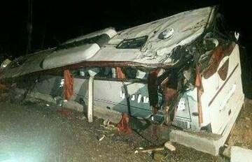 دلیل واژگونی اتوبوس در محور هراز مشخص شد