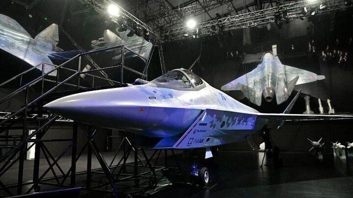 روسیه از جنگنده جدید خود رونمایی کرد