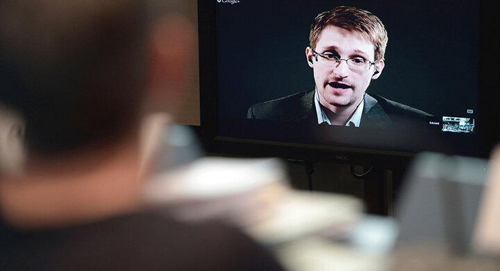 اسنودن از احتمال هک شدن تلفن بایدن با بدافزار اسرائیلی خبر داد