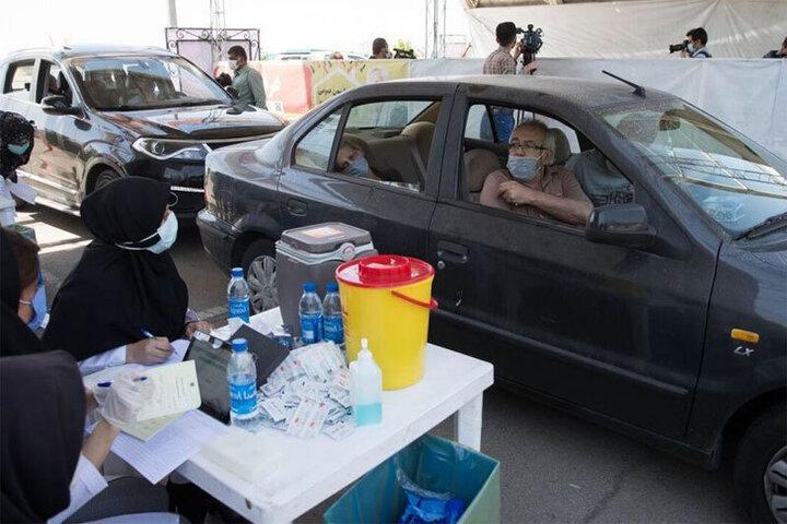 صف ۷ کیلومتری در تهران برای تزریق واکسن کرونا! / فیلم