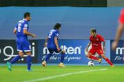 دو سوتی خندهدار در عرض چند ثانیه در یک مسابقه فوتبال / فیلم