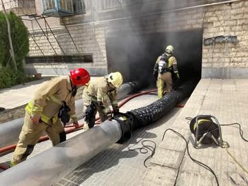 جزئیات آتشسوزی در یک ساختمان مسکونی در تهران