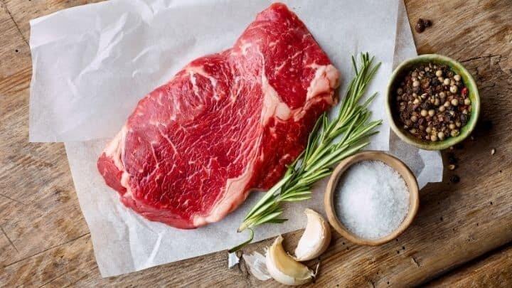 چگونه گوشت را قبل از پخت مزهدار کنیم؟ | نحوه مرینیت کردن یا مزهدار کردن گوشت