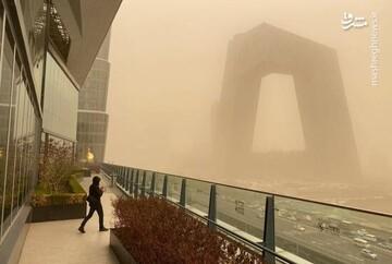 ویدیو دیده نشده و هولناک از توفان شن وحشتناک در چین / فیلم