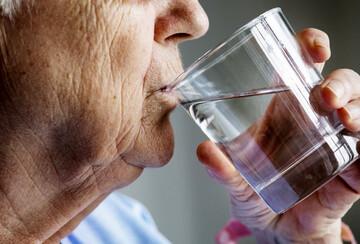 علت خشک شدن دهان خشک چیست؟ + نحوه درمان