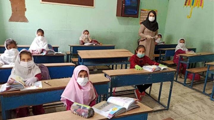 زمان شروع واکسیناسیون معلمان مشخص شد/  فیلم