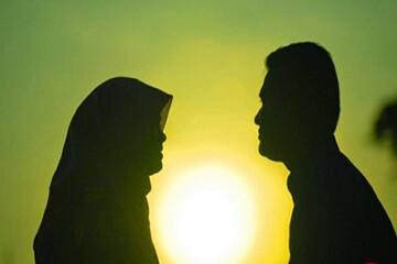 حکم زنی که بدون اجازه خانه شوهر را ترک میکند چیست؟ | آیا زن میتواند بدون اجازه شوهر از منزل بیرون برود؟