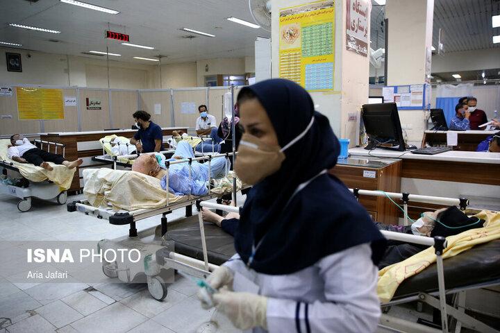 آمار بستریهای کرونا در تهران به ۱۰۰۰۰ نفر رسید / از ظرفیت بیمارستانهای ارتش و تامین اجتماعی استفاده میکنیم