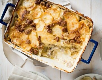 دستور پخت گراتن سوسیس و سیب زمینی