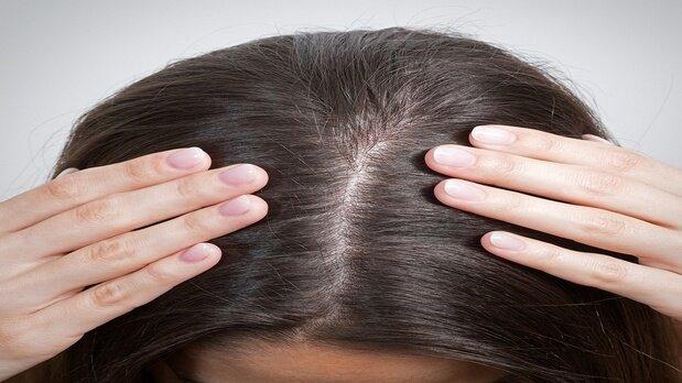 پرپشت کردن طبیعی موها با چند روش ساده خانگی | چگونه میتوان تراکم موها را اندازه گرفت؟