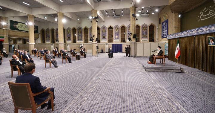 روحانی به جلسه با رهبری دیر نرفت، جلسه زودتر شروع شد