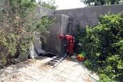 باز شدن ناگهانی زمین در مشهد / ۲ نفر به درون چاه فاضلاب سقوط کردند