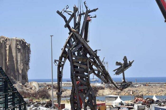 ساخت مجسمه یادبود برای قربانیان انفجار بیروت