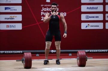 لحظه تلخ زمین خوردن وزنهبردار ایرانی در المپیک ۲۰۲۰ / فیلم