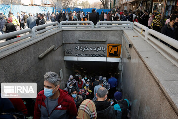 بیش از ۹ هزار بیمار مبتلا به کرونا در تهران بستری هستند/ افت ۳۹ درصدی رعایت پروتکلها در کشور