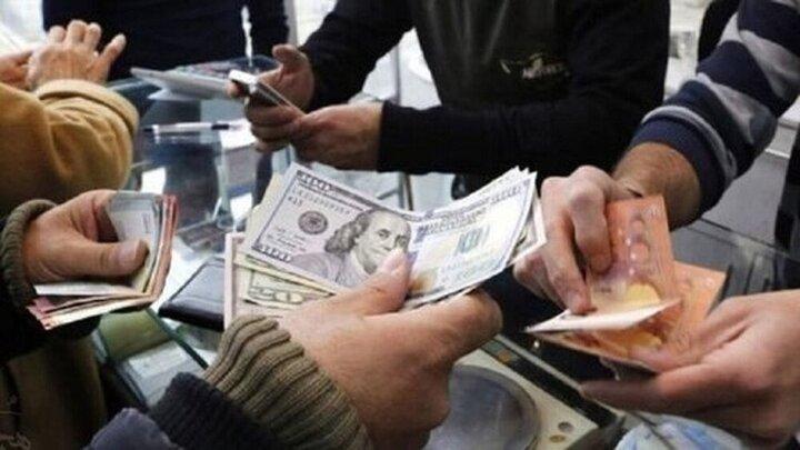 رییسی قیمت دلار را به ۱۰ هزار تومان میرساند؟