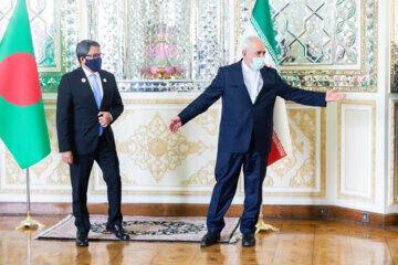 ظریف خواستار ادامه همکاریهای ایران و بنگلادش شد