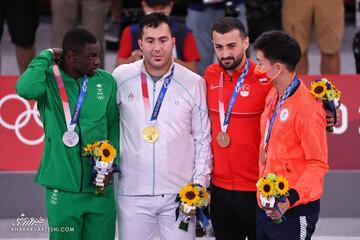 نحوه برخورد گنج زاده با نماینده عربستان در هنگام دریافت مدال / تصاویر