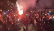استقبال هواداران استقلال در اصفهان از اتوبوس این تیم در آستانه فینال جام حذفی / فیلم