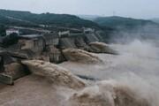 ویدیو وحشتناک از لحظه شکسته شدن سد در سیل اخیر چین