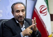علی لاریجانی یک قدم به اصلاحطلبان نزدیکتر است / اصلاحطلبان نباید انزوا را سر لوحه کار خود قرار دهند