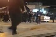 برخورد وحشتناک خودرو با عزاداران حسینی در شب تاسوعا / فیلم