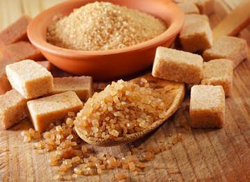 تفاوت شکر قهوهای با شکر سفید چیست؟