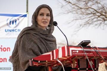 آنجلینا جولی در حمایت از زنان افغانستان به اینستاگرام پیوست / عکس