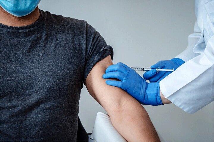 واکسیناسیون گروههای مختلف شغلی در خانه کارگر