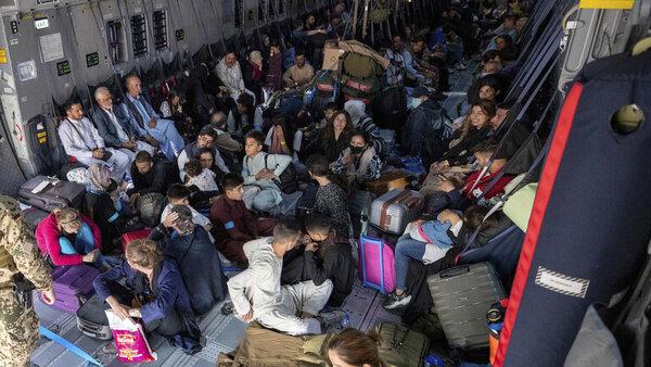 پایان خروج شهروندان فرانسوی از افغانستان تا فردا