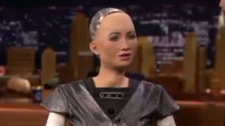 فیلمی جالب از یک ربات هوشمند انسان نما