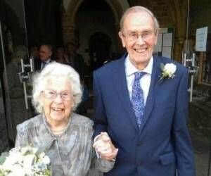 ازدواج جالب پیرترین عروس و داماد دنیا با مجموع ۱۸۳ سال سن! / عکس