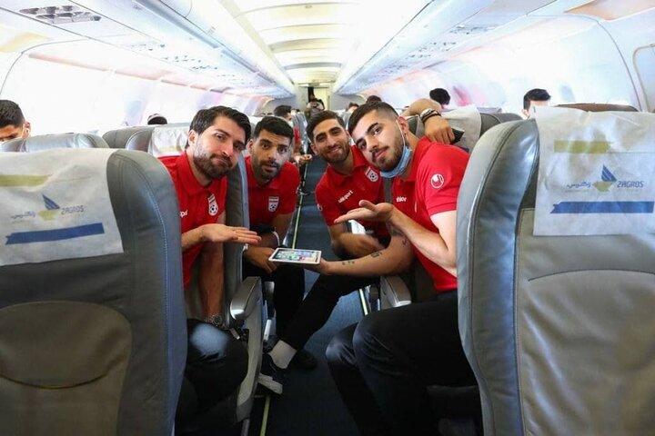 ویدیو جالب از منچ بازی کردن بازیکنان تیم ملی در هواپیما