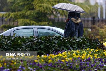 گزارش آب و هوا ۱۸ شهریور ۱۴۰۰ / کدام استانها در آخر هفته بارانی میشوند؟