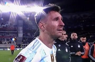 اشکهای مسی پس از شکستن رکورد تاریخی پله / فیلم