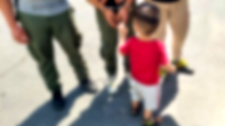 جنایت زانتیای سفید رنگ در میدان آزادی تهران / کودک ۳ ساله عضو باند زورگیرها بود! + عکس