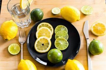 پیشگیری از سنگ کلیه و کمخونی با مصرف این میوه
