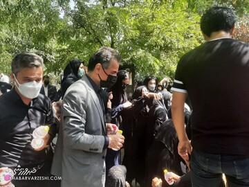 غیبت عجیب بازیکنان پرسپولیس در مراسم خاکسپاری انصاریفرد