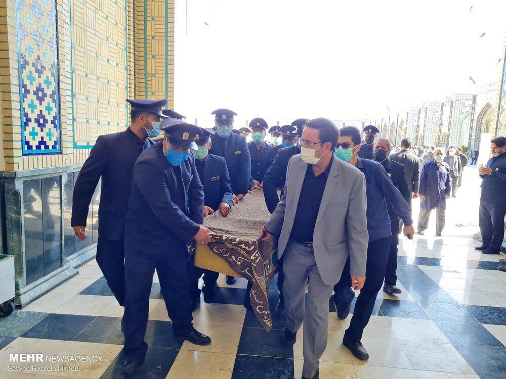پیکر حاج حیدر رحیمپور ازغدی به خاک سپرده شد / تصاویر