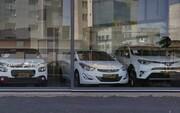 روند نزولی قیمت خودروهای وارداتی آغاز شد