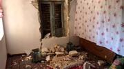 ویدیو هولناک از سقوط سنگ بزرگ روی یک خانه در زلزله قوچان