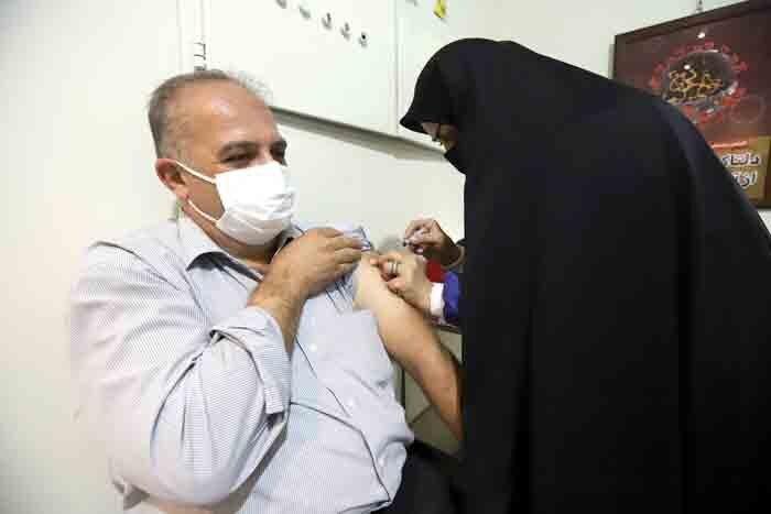 اگر برای تزریق واکسن کرونا عجله دارید، به روستاها بروید!