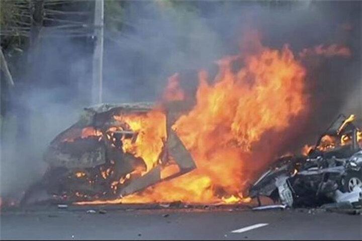 ویدیو دردناک زنده زنده سوختن پنج سرنشین یک خودرو در گیلان / فیلم