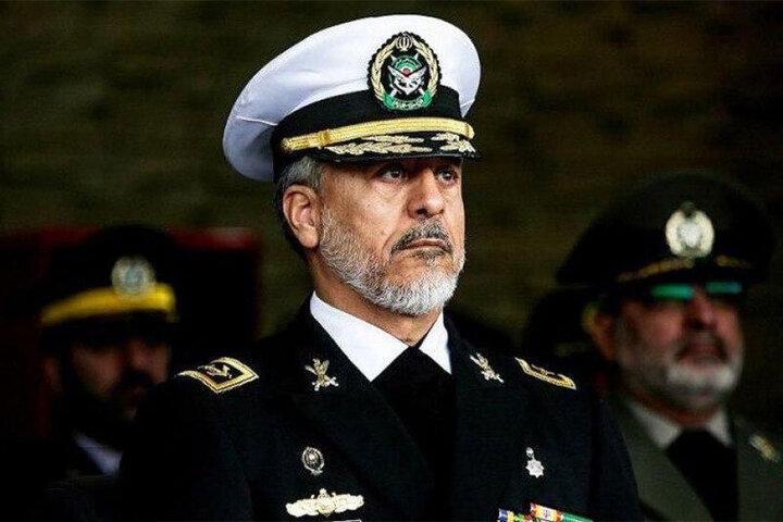 نجات ۲۵ کشتی خارجی از دستان دزدان دریایی توسط ارتش ایران / فیلم