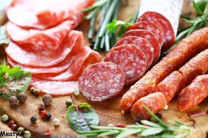 سوسیس گران تر از گوشت؛ هر کیلو ۲۷۰ هزار تومان