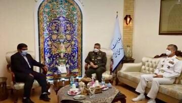 روایت ضرغامی از دیدارش با فرمانده کل ارتش / عکس