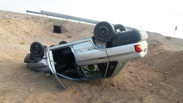 مصدومیت ۶نفر به دلیل واژگونی پراید در آزادراه امیرکبیر اصفهان